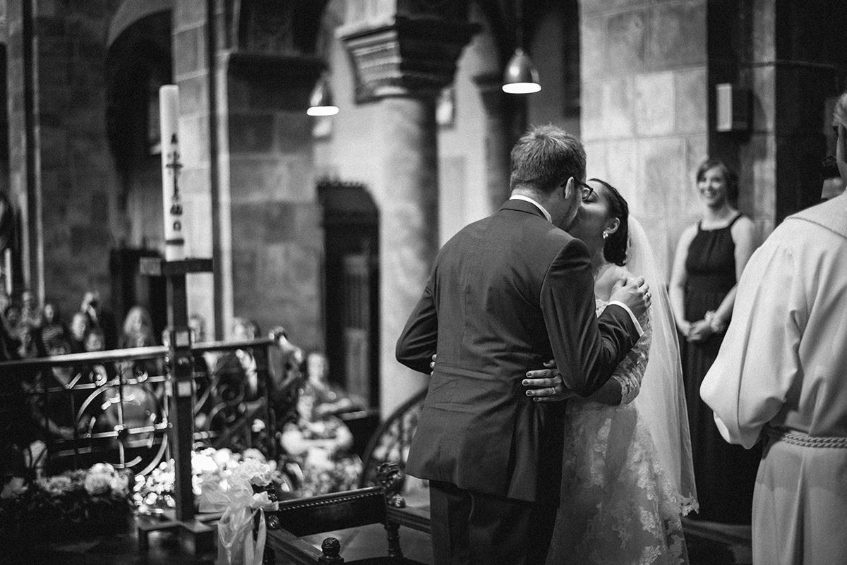 Hochzeitsfotograf-Aachen-Herzogenrath-Abtei-Rolduc-Dreamcatcher-Photography-de-JAsmin-und-Carsten- (12)