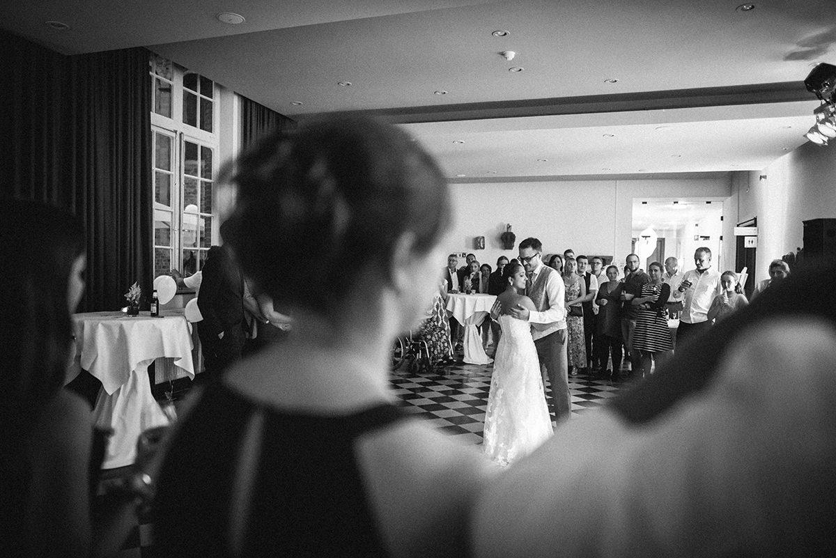 Hochzeitsfotograf-Aachen-Herzogenrath-Abtei-Rolduc-Dreamcatcher-Photography-de-JAsmin-und-Carsten- (31)