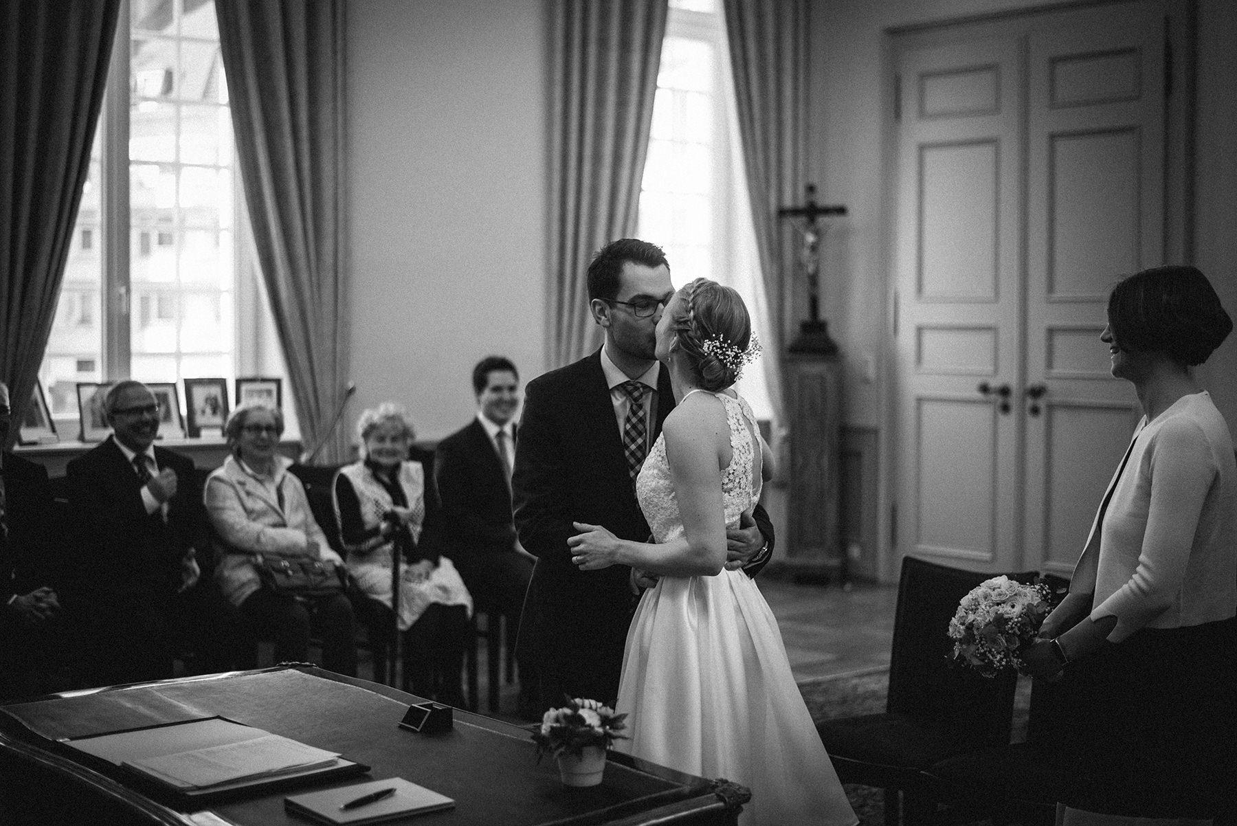 Hochzeit-Bonn-Kirschblüte-Sonja-Oliver-Dreamcatcher-Photography-Hochzeitsfotografie (10)